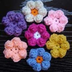Ravelry: Daisy Flower Applique pattern by JTcreations