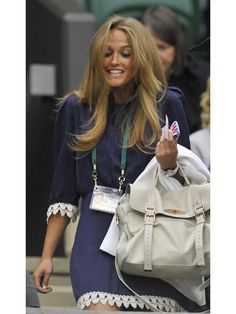 andy murray's girlfriend, kim sears - i'm beyond obsessed with her hair Andy Murray Girlfriend, Kim Murray, Outfit Combinations, Day Dresses, Her Hair, Passion For Fashion, Cool Hairstyles, Fashion Beauty, Mulberry Alexa