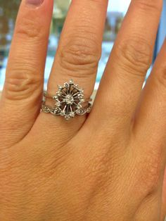 Vintage White Gold Diamond 14k Snowflake Cluster Engagement Ring, $250.00