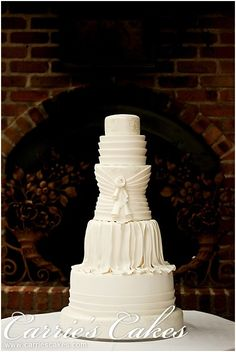 http://www.carriescakes.com/images/cakes/1123-CarriesCakes12_026.jpg