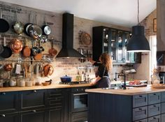 New Kitchen Ideas Ikea Kitchen, Home Decor Kitchen, Rustic Kitchen, Kitchen Interior, Kitchen Dining, Cozy Kitchen, Black Kitchens, Home Kitchens, Küchen Design