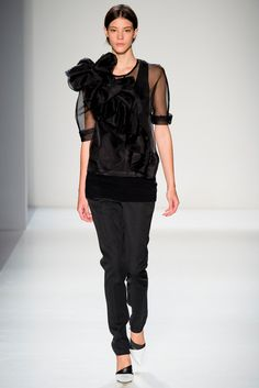 Fall 2014 Ready-to-Wear - Victoria Beckham