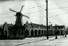 Van de Kamp in Pasadena circa 1931
