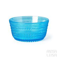 Iittala Kastehelmi Turquoise Bowl 85 cl, designed by Oiva Toikka. Nordic Vintage from Finland. #ヌータヤルヴィ #北欧ヴィンテージ #北欧ヴィンテージ食器 #北欧食器#nordicdishes #nordicvintage #vintagedishes #レトロ食器 #ヴィンテージ食器 #Finnishdesign #oivatoikka #toikka #イッタラ #Iittala #nuutajärvi #オイヴァトイッカ #glass #retrodishes #kastehelmi #カステヘルミ