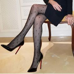 Louboutin Fan Page Stockings Heels, Nylons Heels, Sexy Heels, Stiletto Heels, Black Stockings, Stilettos, High Heel Boots, Heeled Boots, Bas Sexy