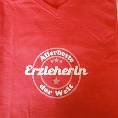 Wunderschönes T-Shirt , geniale Idee als Geschenk für die Erzieherin zum Abschied aus dem Kindergarten! Du kannst Farben frei wählen - auf: http://www.achistdasnett.com/einschulung.html