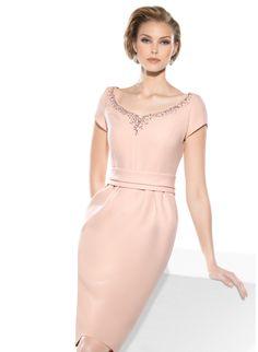 3490 (Vestido de Madrina). Diseñador: Teresa Ripoll. ...