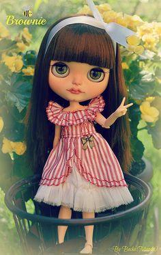 Brownie en el jardín!! | by BeckaDoll´s