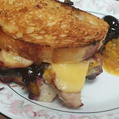 Southern Gentlemen's Grilled Cheese with Pulled pork, cherry -bourbon jam and a side of chow - chow relish  #BreakTheRouxles #grilledcheesesandwich #southerncooking #foodwinecon #datenite