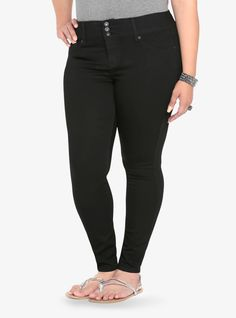 Oh-so-comfortable. Oh-so-sexy. Once you get into our jet black jeggings - you'll never want to take them off. Simple with plenty of stretch and a longer inseam, a three-button higher rise waist and faux front pockets create a sleek, streamlined shape. It's your new favorite jean.