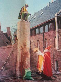 Piet op schoorsteen, 1956