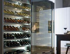 VINA es un mueble diseñado para la conservación de vinos a la temperatura ideal. ¡Descubre más!