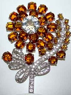 Past and Present Jewelry - Eisenberg Ice brooch