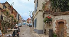 Painters Day Montreuil-sur-Mer : The Good Life France