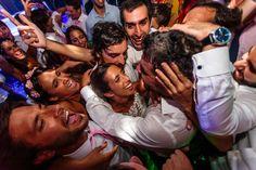 "Esta linda la ""calor"" para estar todos juntitos eh!  #ChristianHolzFotografo . . . #Boda #PreBoda #Novia #Sesion #Eventos #FotografoDeBodas #Casamiento #Matrimonio #Casorio #Fotografo #Vestido  #CasamientosEnArgentina #Bride #WeddingPhotographer #Wedding #PreWedding #Session #GettingReady #Love #Portrait #Casamento #Noiva #Noivo #BuenosAires #Caba #Capital  #WPJAR #FearlessPhotographer #IgersBsAs"