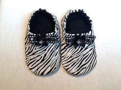 Handmade baby shoes! Lots of cute styles.