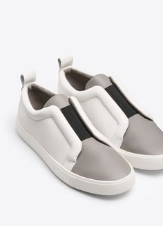 Caden Leather Sneaker