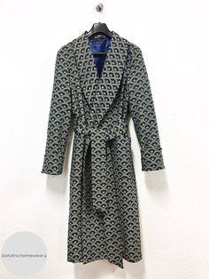 e47deb8d5a Herren Luxus Dressing Gown Morgenmantel aus Baumwolle und Seide. Eleganter  englischer Hausmantel für Männer.