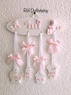 Diy Baby Gifts, Baby Crafts, Diy And Crafts, Crafts For Kids, Ideas Scrapbook, Baby Frame, Miniature Crafts, Baby Art, Diy Birthday