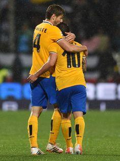 Fernando Llorente of Juventus celebrates after scoring the goal 13... ニュース写真 487217747