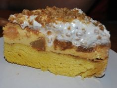 Tort cu mere si crema de zahar ars - imagine 1 mare Romanian Food, Pastry Cake, Eat Dessert First, Dessert Recipes, Desserts, Deli, I Foods, Caramel, Sweet Tooth