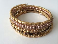Gouden memory wire armband