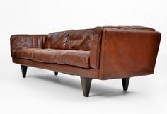 "sofa-i'm not a big leather furniture fan, but heaven's this looks ""move in"" comfortable!"
