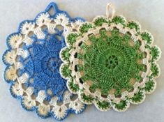"One user said: ""Free Patterns! THE largest compilation of patterns I've found yet.Crochet dishcloths, pot holders, coasters, and more. And even free coupons for laundry detergents! Crochet Kitchen, Crochet Home, Crochet Crafts, Crochet Projects, Free Crochet, Knit Crochet, Crochet Geek, Crochet Potholder Patterns, Crochet Motifs"