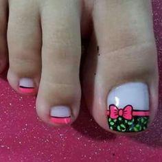 Cute Pedicure Designs, Fancy Nails Designs, Toe Nail Designs, Summer Toe Designs, Cute Pedicures, French Pedicure, Nail Patterns, Cute Nail Art, Acrylic Nail Art