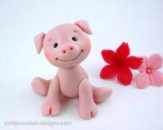 Cold Porcelain Pig now that's a happy little pig :)