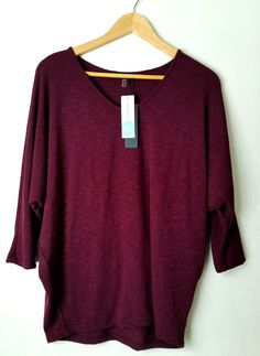 Laila Jayde - Bowie Solid Dolman Sleeve Top in Burgundy... I can't say enough about this shirt. In general dolman tops are very very comfortable, easy to wear casual or dressed up and flattering. Absolute keeper! #stitchfix #decemberstitchfixboxreview #fix5