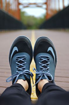 My feet need these adorable and comfortable running shoes!