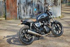 """Triumph Bonneville SE """"Blackie"""" by Spirit of the Seventies"""