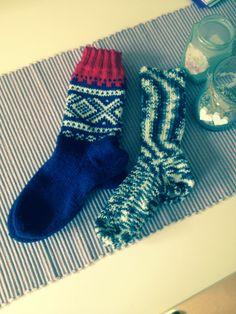 Christel's hobbykrok: Småstrikking :) Socks, Fashion, Creative, Moda, La Mode, Sock, Fasion, Stockings, Fashion Models