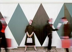 Herecomesthesky: great wall and blur motion from 1954 Vogue