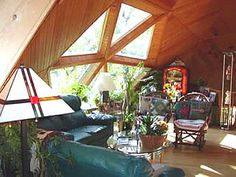 Tour of Domes Video http://www.naturalspacesdomes.com/dome_store/dome_home_information/tour_of_domes_video_online.htm