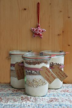 Hello my dears, for a long time I wanted to try baking mixes in the glass. Now the time has finally Weck Jars, Diy Presents, Pumpkin Spice Cupcakes, Bear Cakes, Kitchen Gifts, Jar Gifts, Fall Desserts, Sauce, Cakes And More
