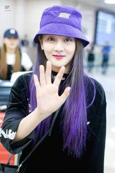 Kpop Girl Groups, Korean Girl Groups, S Girls, Kpop Girls, Fandom, Pink Princess, Soyeon, Greatest Songs, Queen