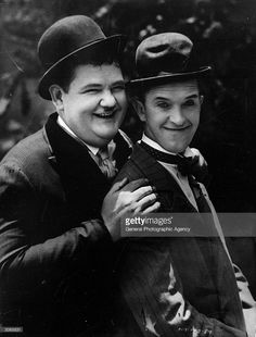Film comics, Oliver Hardy, (left) - and Stan Laurel (Arthur Stanley Jefferson) - Laurel And Hardy, Stan Laurel Oliver Hardy, Great Comedies, Classic Comedies, Classic Movies, Vintage Hollywood, Classic Hollywood, Comedy Duos, Abbott And Costello