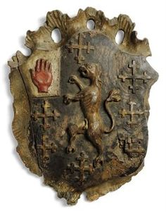 coat of arms William Wallace, Family Crest, Crown Royal, Crests, Coat Of Arms, Medieval, Lion Sculpture, Old Things, Display
