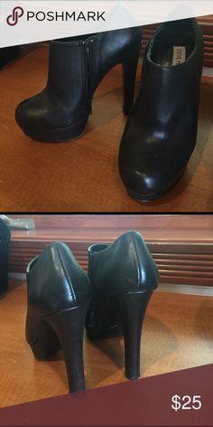 Bootie heel Used. Leather like. Steve Madden Shoes Heels