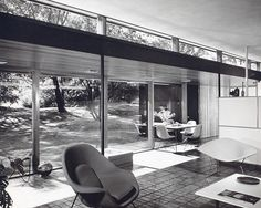 House for Mr. & Mrs. Robert C. Metcalf. Michigan, 1952.