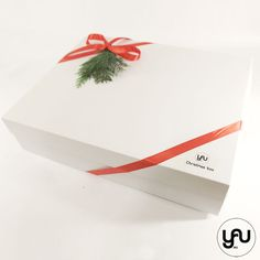 YaU.ro CHRISTMAS BOX elena toader brad coronita sfesnic decoratiuni Christmas Decorations, Xmas, Gift Wrapping, Box, Gifts, Design, Corona, Gift Wrapping Paper, Snare Drum