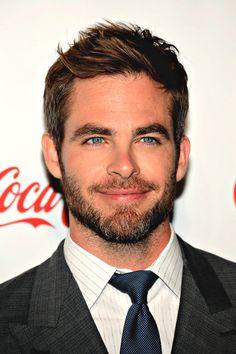 I have concluded I like scruffy/bearded Chris. I have concluded that I like all versions of Chris.