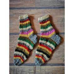 Красиви ръчно изплетени чорапи, създаващи топлина и уют Socks, Fashion, Moda, Fashion Styles, Sock, Stockings, Fashion Illustrations, Ankle Socks, Hosiery