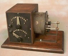 Stone Vintage Radio Museum - Antique Radios, Wireless, Crystal Sets, Tubes, and Valves