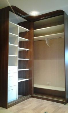 closet layout 811422057850700723 - Bedroom Wardrobe Design Cabinets Cupboards Ideas Source by elishaisobel Corner Wardrobe, Wardrobe Design Bedroom, Bedroom Wardrobe, Corner Closet, Bedroom Cupboard Designs, Bedroom Cupboards, Master Closet Layout, Home Room Design, Closet Designs