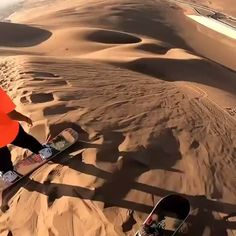 from chile wirh love adrenalina sandskiing travelife Beautiful Places To Travel, Cool Places To Visit, Places To Go, Parkour, Wow Video, Travel Videos, The Dunes, Extreme Sports, Science And Nature