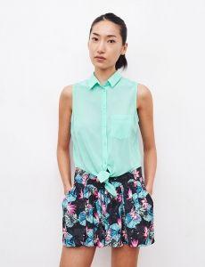 Jupe short imprimé tropical nor et multicolore en promotion @ Jennyfer