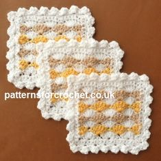 Free crochet pattern for three colour coaster http://www.patternsforcrochet.co.uk/three-color-coaster-usa.html #patternsforcrochet